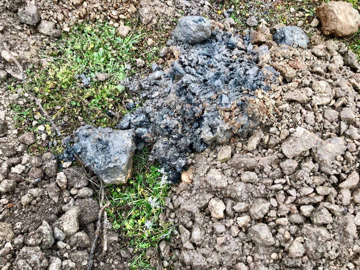 Exempel på markförorening från provgrop (diesel)